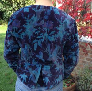 Velvet-Jacket-Short-(Back)